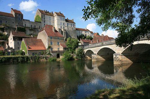Pesmes (70140) , Canton de Pesmes, La Haute-Saône, La route des communes